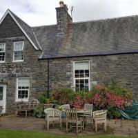 Old Schoolhouse - sleeps 2, 8 or 10