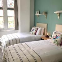 Colchester Villas - Stunning City Centre Apartment 5cv