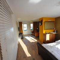 River view luxury apartment close to Amsterdam