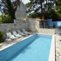 Villa Avantgarde B&B, hotel in Mlini