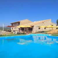 Villa with 6 bedrooms in La Salzadella with private pool enclosed garden and WiFi, hotel in Mas d'en Rieres