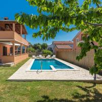 Apartment Emanuela with Private Pool near Pula