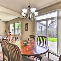Charming Portland Home with Yard 9Mi to Downtown