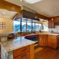 Stewart Highlands Home