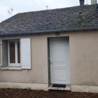 Studio in Montargis, with WiFi