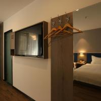 7Days Premium Xi'ning Dashizi Center Branch, hotel in Xining
