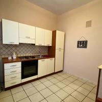 Apartment Via Camillo Guerra, hotel in Naples