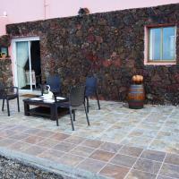 APARTAMENTO LOS CACTUS, hotel en Echedo