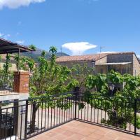 Apartment with 2 bedrooms in Sotillo de la Adrada with wonderful mountain view and terrace