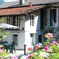 Rivacanze Apartments, hotell i Laglio