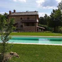 Villa with 5 bedrooms in Pieve Santo Stefano with private pool and WiFi, hotell i Pieve Santo Stefano