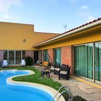 House with 4 bedrooms in Terroso with private pool furnished terrace and WiFi 5 km from the beach, hotel in Terroso
