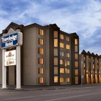 Travelodge Hotel by Wyndham Saskatoon, hotel near J G Diefenbaker Airport - YXE, Saskatoon