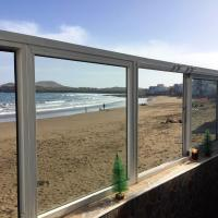 House with 2 bedrooms in Telde with wonderful sea view furnished terrace and WiFi 10 m from the beach