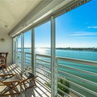 Bahia Vista 15-567, 2 Bedroom, Sleeps 6, Heated Pool, Spa, WiFi, Near Beach