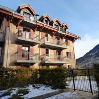 Appartement de 3 chambres a St Gervais les Bains avec magnifique vue sur la montagne piscine partagee balcon amenage a 400 m des pistes