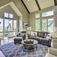 All-Season Cordillera Home with Golf View and Hot Tub!، فندق في Edwards