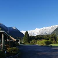 Rainforest Motel, hotel in Fox Glacier