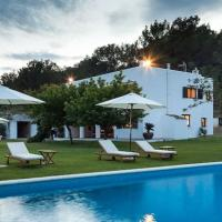 Villa with 4 bedrooms in Islas Baleares with private pool furnished terrace and WiFi 5 km from the beach, hotel in Ses Paisses