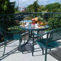 Apartment with 2 bedrooms in Grande Gaube with shared pool enclosed garden and WiFi, hotel in Grande Gaube