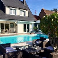 Villa with 3 bedrooms in Walbach with wonderful mountain view private pool furnished garden, hôtel à Walbach