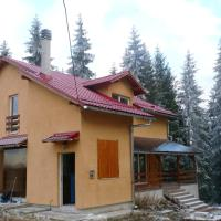 House with 4 bedrooms in Marisel with furnished terrace, hotel in Mărişel