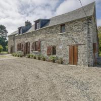 Enticing Holiday Home in Berigny with Swimming Pool