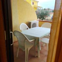 Apartment with 2 bedrooms in Lu Bagnu, with furnished terrace - 300 m from the beach