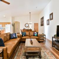 CW419 - Gorgeous 3 Bed/2 Bath Elegant Townhome, Located in the Heart of Downtown Moab