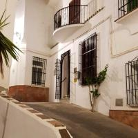 Apartment with 3 bedrooms in Torrox with wonderful mountain view furnished terrace and WiFi 3 km from the beach, hotel en Torrox
