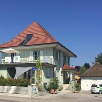 Bed and Breakfast Hopfengrün, hotel in Langenthal