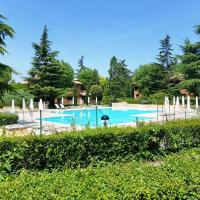 Apartment with one bedroom in Sirmione with shared pool and WiFi 200 m from the beach