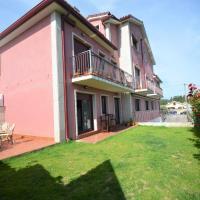 Apartamento con piscina en el entorno de Sanxenxo, hotel en Sanxenxo