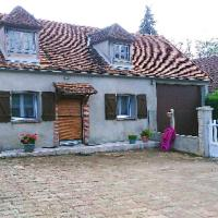 House with one bedroom in Saint-Père, with WiFi, hotel in Saint-Père