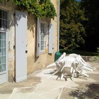 Apartment with 2 bedrooms in Rouffilhac with furnished terrace and WiFi, hotel en Rouffilhac