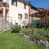 Apartment with one bedroom in Villa di Sotto with wonderful mountain view enclosed garden and WiFi 25 km from the slopes