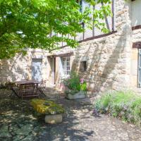 House with 3 bedrooms in Cordes sur Ciel with wonderful city view enclosed garden and WiFi