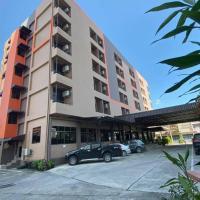 Pasawang Hotel (โรงแรมภาสว่าง)