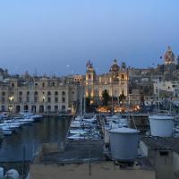 Suite in lovely Maltese townhouse b&b Isla