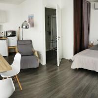 Cosy Lodge Studio confortable et spacieux avec jardin, hotel in Villeneuve-lès-Maguelonne