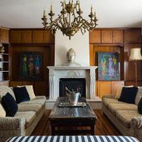 Spacious elegant penthouse apartment
