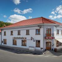 Restaurace Hotel Praha, hôtel à Nižbor