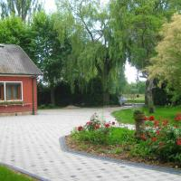 House with 6 bedrooms in Sermersheim with enclosed garden and WiFi 32 km from the beach, hotel in Sermersheim