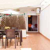 Patio Apartment, hotel in Calonge