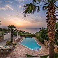 Villa Nicolas Plaka With Sea View