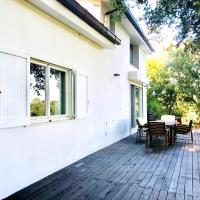House with 3 bedrooms in Castel di Decima with enclosed garden and WiFi 15 km from the beach, hotel a Castel di Decima