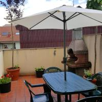 Apartment with 3 bedrooms in Astorga, with furnished terrace and WiFi, hotel in Astorga