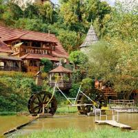 Bilya Richky Hotel, готель у місті Кам'янець-Подільский