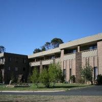 Southern Cross Motor Inn & Tourist Park, hotel em Berridale