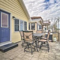 Sunny, Modern Waterfront Cottage in Erie!